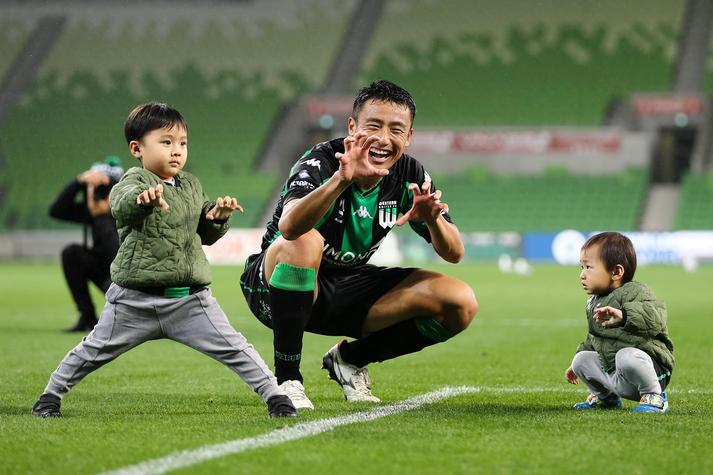 MELBOURNE, AUSTRALIA - APRIL 26: Tomoki Imai of Western United poses with his children during the Hyundai A-League soccer match between Western United FC and Newcastle Jets on April, 26, 2021 at AAMI Park in Melbourne, Australia. (Photo by Speed Media/Icon Sportswire)