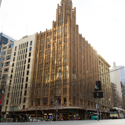 A view of the corner of Collins and Russel Streets during COVID-19 in Melbourne, Australia. As Melbourne experiences its first day of Stage 4 restrictions, along with a curfew from 8pm to 5am, Premier Daniel Andrews today announced the shutdown plan for all but the most essential businesses for the next 6 weeks at least. Victoria recorded another 429 COVID-19 cases and 13 more deaths, bringing the states total active cases to 6,489.
