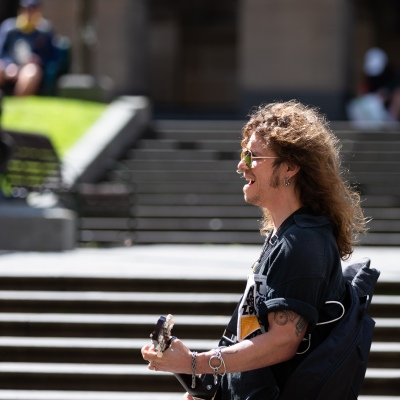 MELBOURNE, VIC - SEPTEMBER 19: A freedom protester sings at the State Library during the Freedom protest on September 19, 2020 in Melbourne, Australia. Freedom protests are being held in Melbourne every Saturday and Sunday in response to the governments COVID-19 restrictions and continuing removal of liberties despite new cases being on the decline. Victoria recorded a further 21 new cases overnight along with 7 deaths. (Photo by Speed Media/Icon Sportswire)