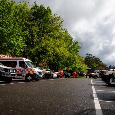MELBOURNE, VIC - SEPTEMBER 23: Large numbers of SES vehicles are seen as Police and SES continue to search for missing 14 year old autistic boy, William Wall after he went missing two days ago in dense bushland on September 23, 2020 in Melbourne, Australia. A massive search in the Yarra Ranges is underway for missing autistic teen who spent the night lost in the bush. Multiple Crews, including police, the Airwing and SES searched for William as temperatures dropped to 7C overnight. Rain is predicted Wednesday and will impact the search efforts. (Photo by Speed Media/Icon Sportswire)