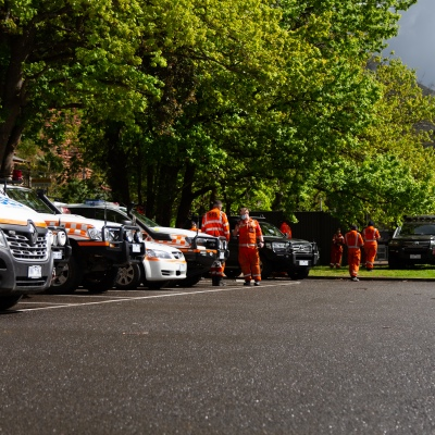 MELBOURNE, VIC - SEPTEMBER 23: SES staff and vehicles fill the Warburton Police Station car park as it is turned in to a staging area Police and SES continue to search for missing 14 year old autistic boy, William Wall after he went missing two days ago in dense bushland on September 23, 2020 in Melbourne, Australia. A massive search in the Yarra Ranges is underway for missing autistic teen who spent the night lost in the bush. Multiple Crews, including police, the Airwing and SES searched for William as temperatures dropped to 7C overnight. Rain is predicted Wednesday and will impact the search efforts. (Photo by Speed Media/Icon Sportswire)