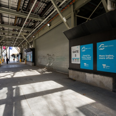 A view of a construction site near Flinders Street Station as construction partially closed down during COVID-19 in Melbourne, Australia. Stage 4 restrictions continue in Melbourne as work permits come into effect at midnight today. This comes as a further 471 new COVID-19 cases were uncovered overnight.