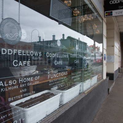 A view of the front of Odd Fellows cafe where a staff member tested positive to Coronavirus during COVID-19 in Kilmore, Australia. An outbreak which started in Chadstone in Melbourne, has spread as far as Benalla. Twenty-eight people linked to the outbreak have now tested positive for COVID-19. There are now two confirmed cases in Kilmore linked with a Melbourne Resident who carried the virus into the town. The person visited the Odd Fellows Cafe in Kilmore which lead to him spreading the virus to a staff member, and a customer. The cafe has been closed for deep cleaning and will remain closed until the 19th October.