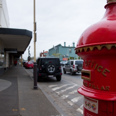 A vintage mailbox is seen on the main street during COVID-19 in Kilmore, Australia. An outbreak which started in Chadstone in Melbourne, has spread as far as Benalla. Twenty-eight people linked to the outbreak have now tested positive for COVID-19. There are now two confirmed cases in Kilmore linked with a Melbourne Resident who carried the virus into the town. The person visited the Odd Fellows Cafe in Kilmore which lead to him spreading the virus to a staff member, and a customer. The cafe has been closed for deep cleaning and will remain closed until the 19th October.