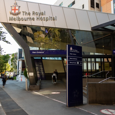 The main entrance of the Royal Melbourne Hospital during  COVID 19 on 09 April, 2020 in Melbourne, Australia. (Photo by Speed Media/Icon Sportswire)