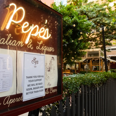 A sign to customers thanking them for their support as restaurants and cafes all over Melbourne, and Australia close due to COVID 19 on 09 April, 2020 in Melbourne, Australia. (Photo by Speed Media/Icon Sportswire)