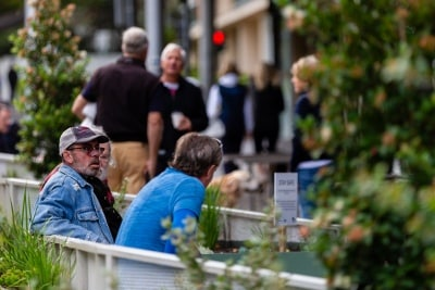 MELBOURNE, AUSTRALIA - APRIL 25: Despite the strictest restrictions imposed on Victorians, many now ignore the social distancing rules during COVID 19 on ANZAC Day 25 April, 2020 in Melbourne, Australia. (Photo by Speed Media/Icon Sportswire)