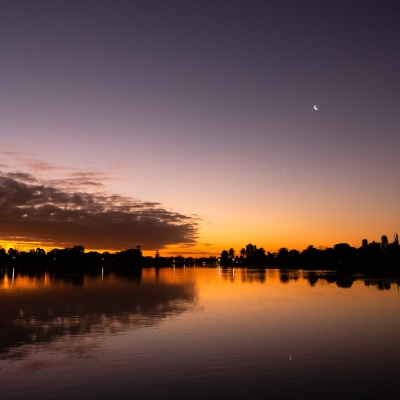MELBOURNE, AUSTRALIA - APRIL 27: The sun sets behind Albert Park Lake during COVID 19 on 27 April, 2020 in Melbourne, Australia. (Photo by Speed Media/Icon Sportswire)