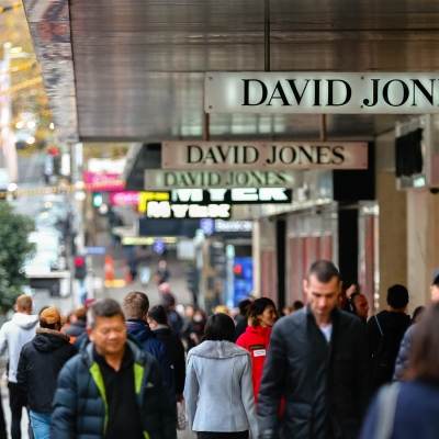 MELBOURNE, AUSTRALIA - June 21: Large numbers of shoppers are seen outside of the David Jones Store in Bourke Street as restrictions are being tightened in Victoria during COVID 19 on 21 June, 2020 in Melbourne, Australia. One of Australia's largest insurers will no longer provide cover for suppliers of struggling retailers Myer and David Jones after deeming the traditional department store sector too risky to insure. In a letter from QBE Insurance to Suppliers, the $13.5 billion insurer said it would no longer provide trade credit insurance for Myer or David Jones due to concerns the two retailers may not survive the COVID-19 crisis. (Photo by Speed Media/Icon Sportswire)