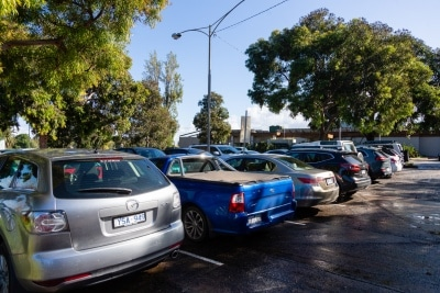 MELBOURNE, AUSTRALIA - MAY 13: After long being empty, the Albert Park Colf Course carpark is again full as restrictions are being eased in Victoria during COVID 19 on 13 May, 2020 in Melbourne, Australia. (Photo by Speed Media/Icon Sportswire)